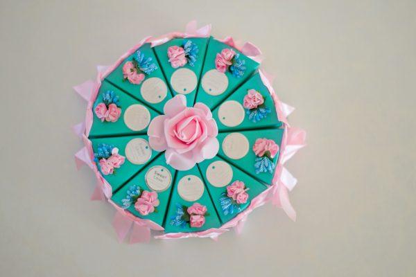 Картонени торти за моминско парти