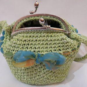 яркозелена чанта