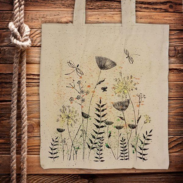 """Текстилна торбичка """"Цветя с пръски"""""""
