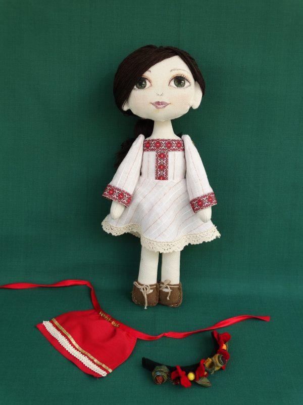 Яна - текстилна кукла с народна носия