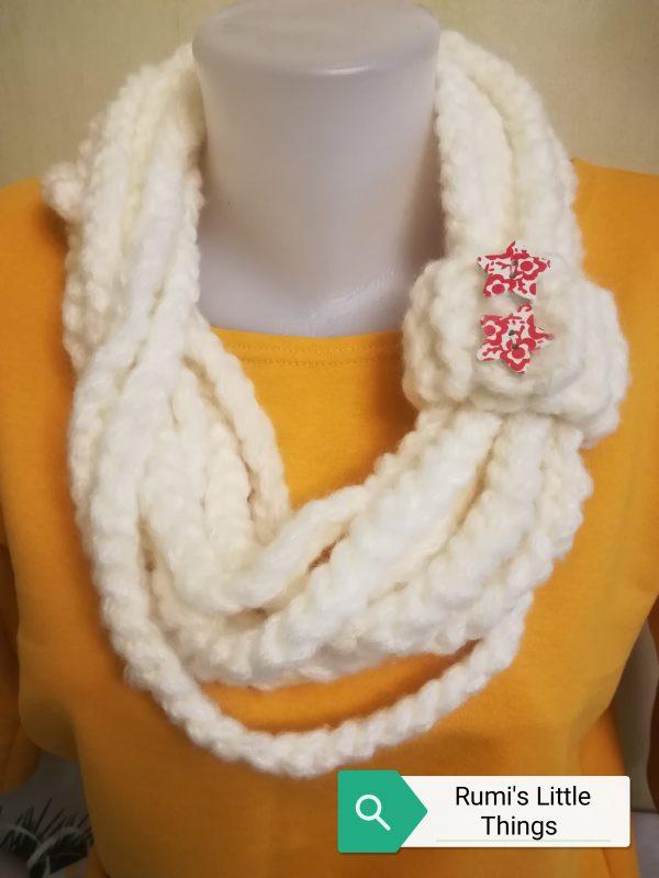 Ръчно плетен дамски шал /продаден/