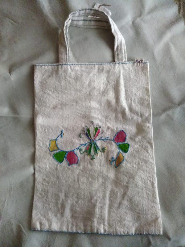 Ръчно ушита чанта от тъкан памук