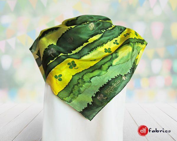 Ръчно рисувани копринени шалове на късметлията - по поръчка