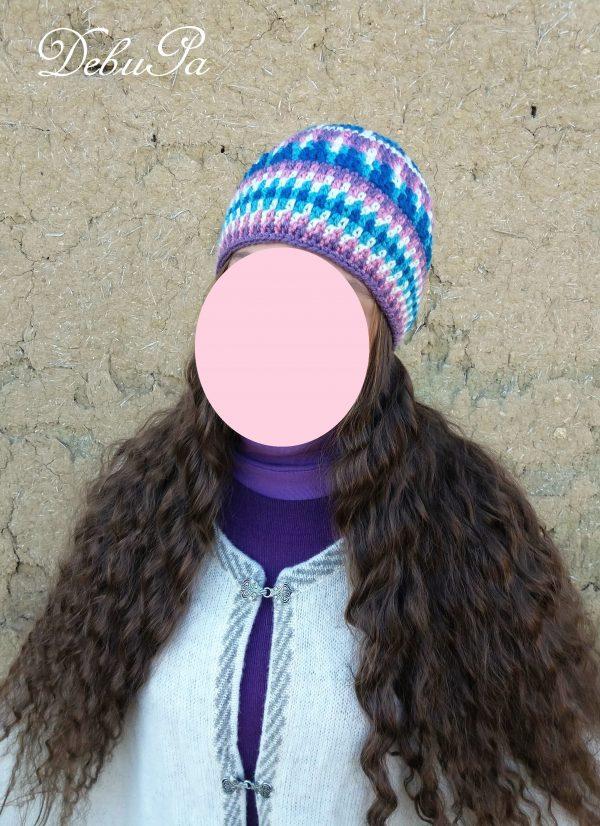 """Плетена шапка ,,Нежна мечта"""" - индианска мандала техника"""