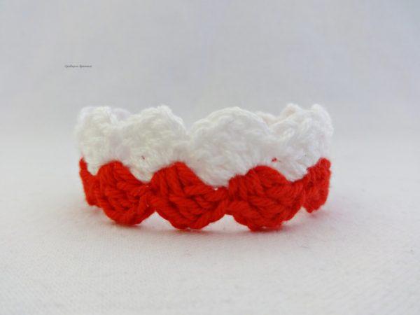 Плетена дамска мартеница за ръка
