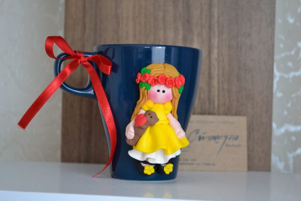 Порцеланова чаша 250ml с авторска декорация от полимерна глина