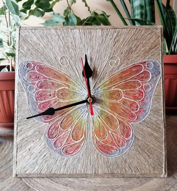 "Стенен часовник ""Пеперуда"""
