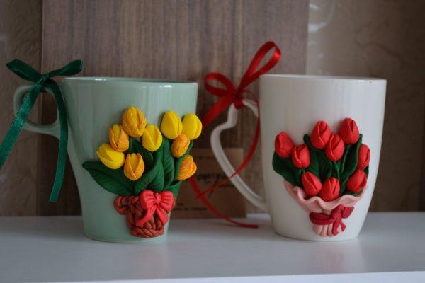 Чаша с декорация лалета