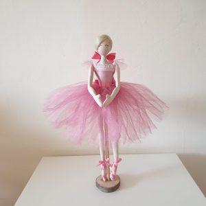 Художествена кукла - балерина