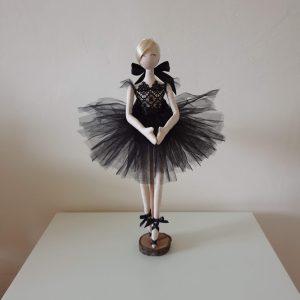 "Балерина ""Черната перла"""