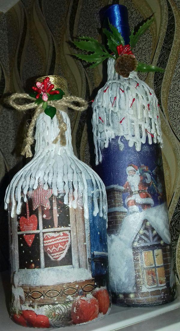 Декорирани коледни бутилки