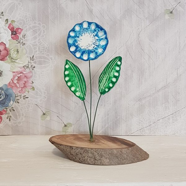Керамично цвете с щипка 011