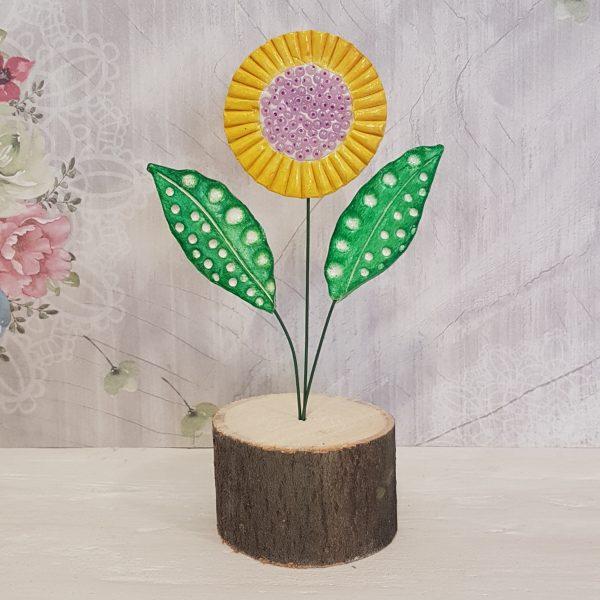 Керамично цвете с щипка 019