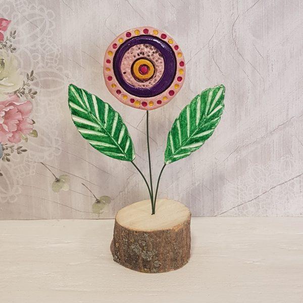 Керамично цвете с щипка 020