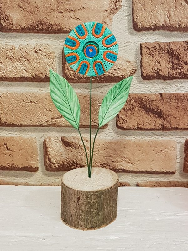 Керамично цвете с щипка 024