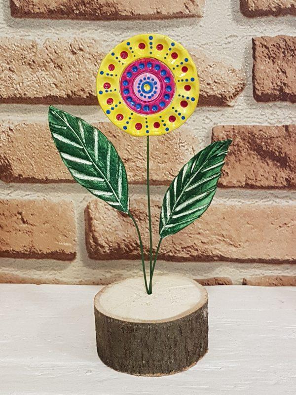 Керамично цвете с щипка 028