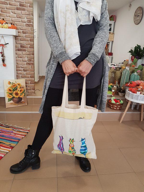 """Текстилна торбичка """"Шарените котки"""""""