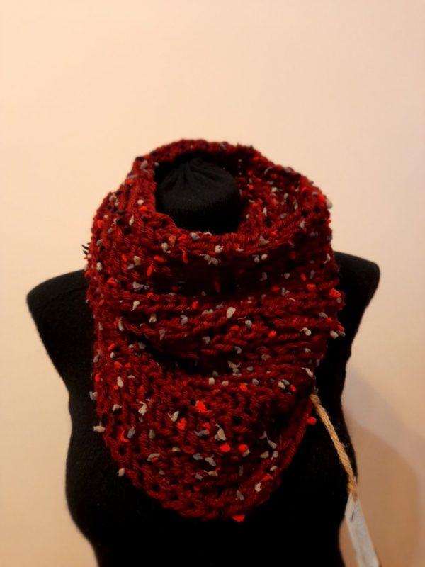 Бутиков дамски ръчно плетен шал