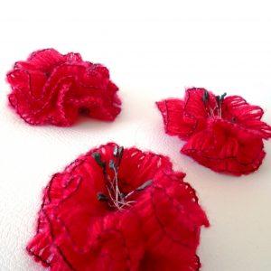 брошка цвете мак