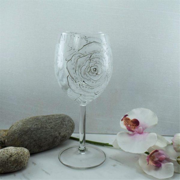 """Чаши за вино """"Бели Рози"""""""