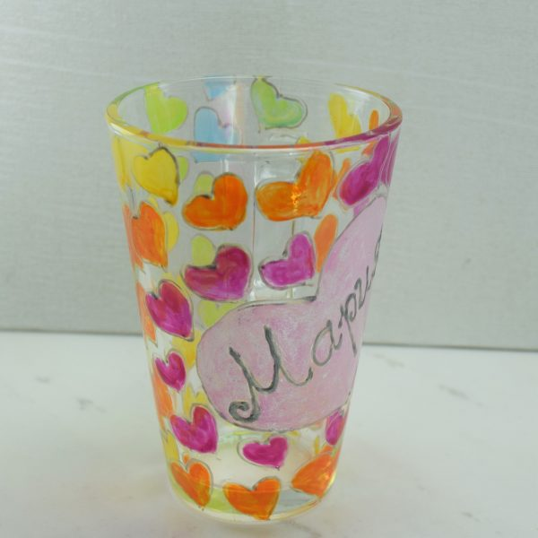 Рисувана чаша с име