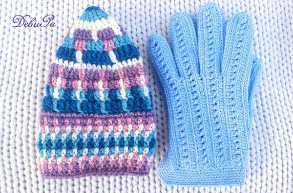 """Плетени шапка и ръкавици """"Вълшебна синева"""""""