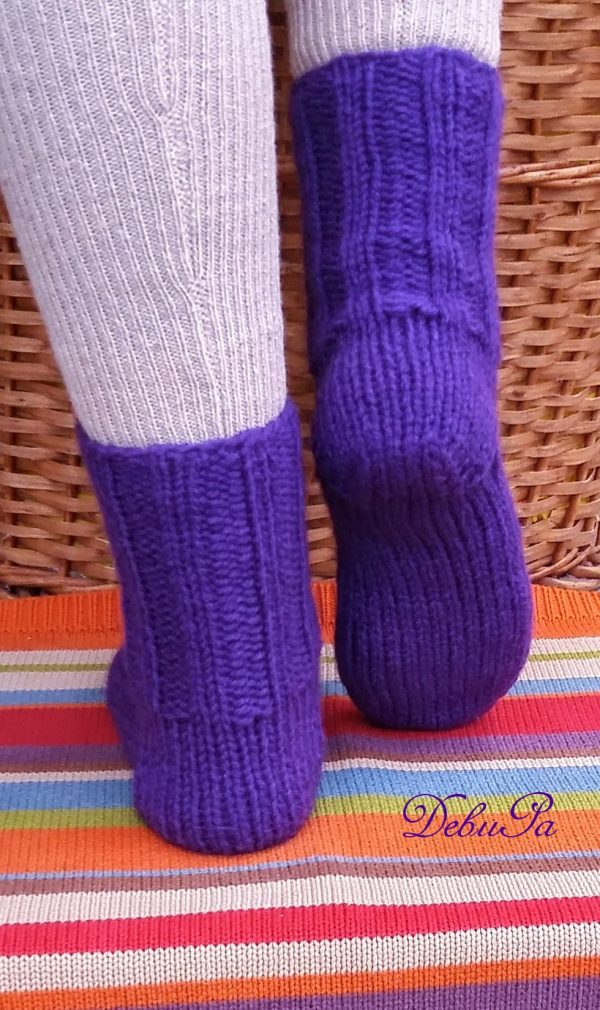 """Плетени чорапи """"Зимно пухкаво лилаво"""""""