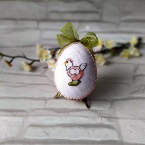 Великденско яйце с кокошка