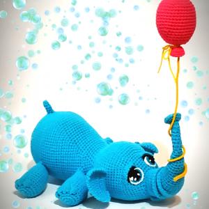 Плетени играчки - Слонче с балонче
