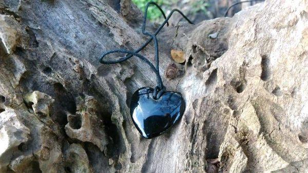 """Колие """"Сърце"""" от обсидиан"""