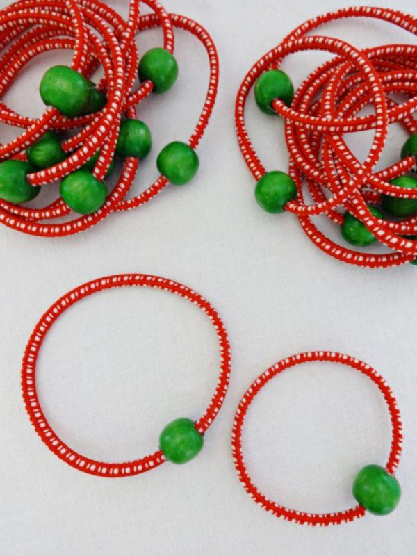 Практични ластични дамски мартенички за ръка