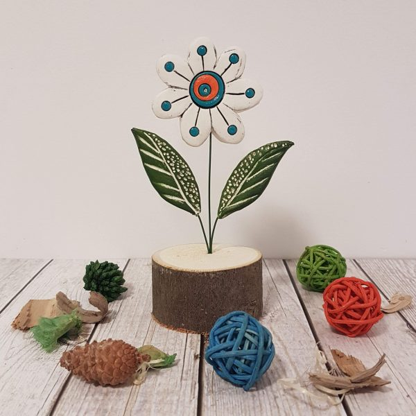 Керамично цвете с щипка 036