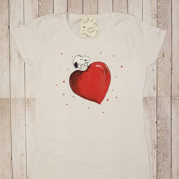 """Рисувана тениска """"Снупи със сърце"""""""