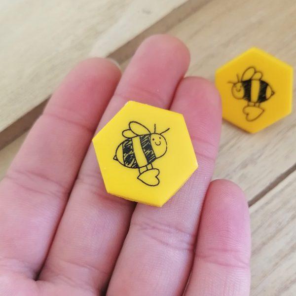 Обици на клипс пчели