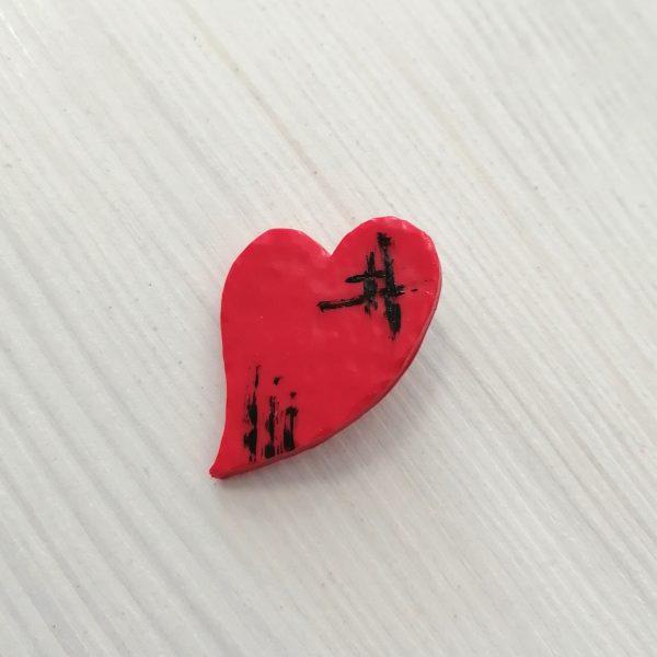 Значка червено сърце 3