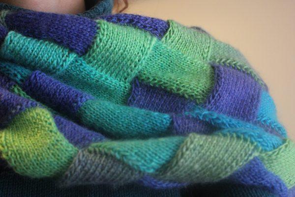 Плетен шал Loop ombre