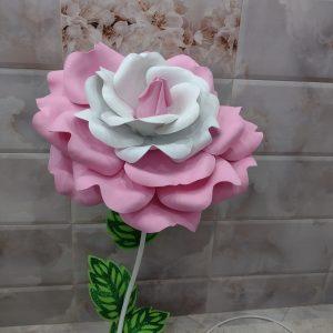 Голяма роза лампа  в бяло и розово