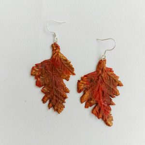 """Обеци """" Есенно листо"""" от полимерна глина"""
