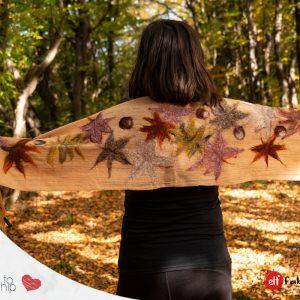 Вълнени шалове с есенни листа - наличен
